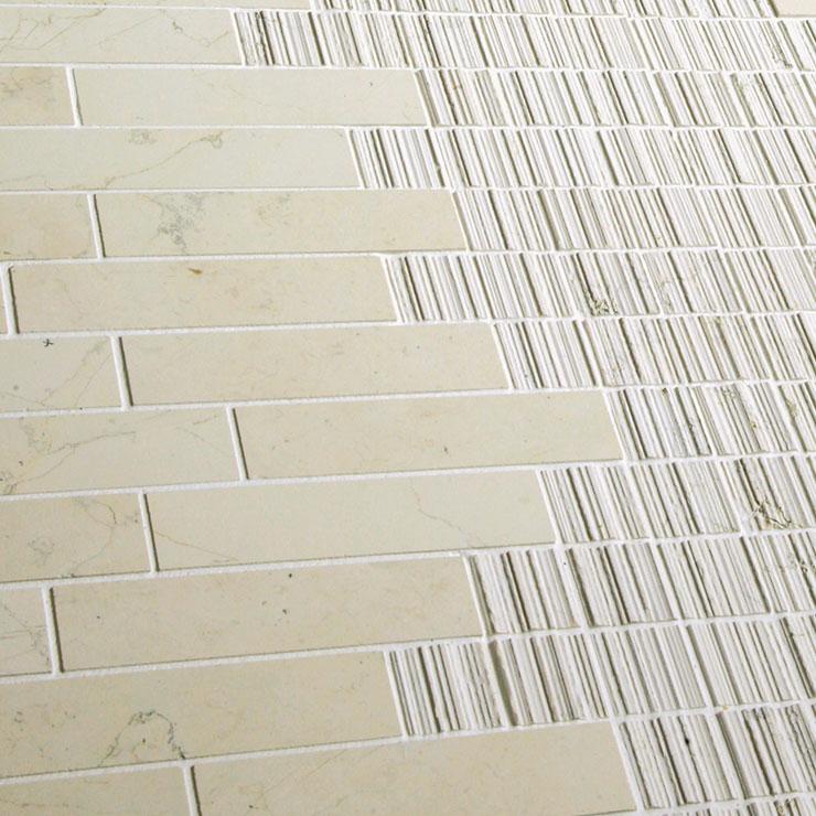 Ideamarmo linea Shake | Dettaglio Mosaico in marmo Biancone applicato a bordo piscina.