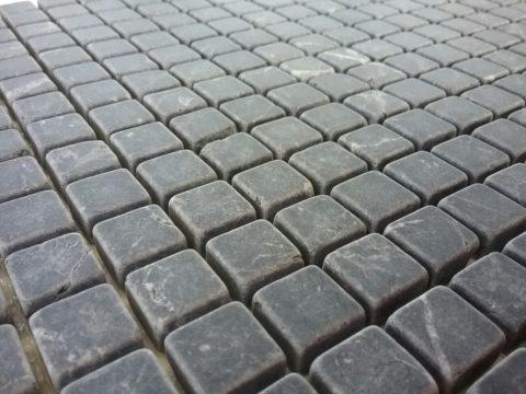 Modulo su rete mosaico di marmo Nero Marquina